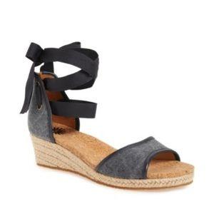 UGG / Amell Ankle Wrap Sandals Espadrilles Wedges